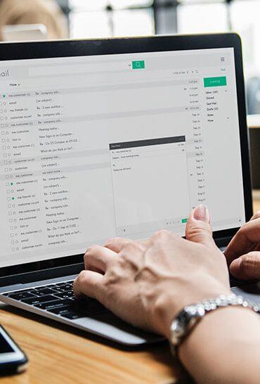 Elliot_articolo_esternalizzazione_processi_aziendali